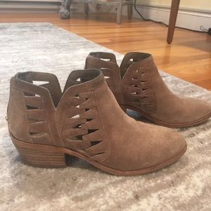 Vince Camuto Tan Suede Bootie- Size 7